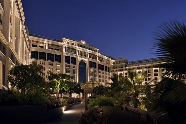 Palazzo Versace Dubai launches Arabesque at Giardino
